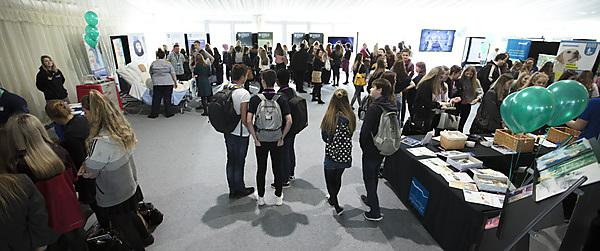 <p>Busy room at health Showcase 2018</p>