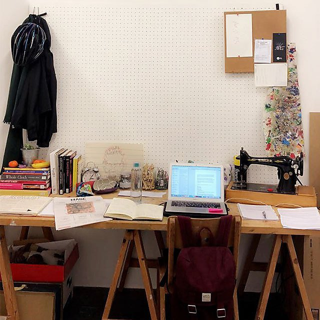 <p>  Amber Hall workspace 4<br></p>