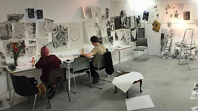<p>Amber Hall studio pano1</p>