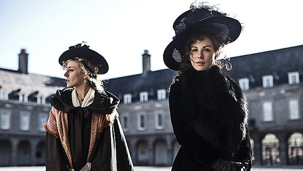 <p>                 Love and Friendship (2016)<br></p>