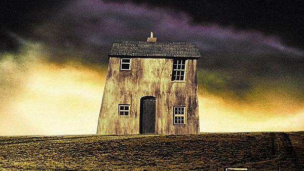 Film: Paperhouse (1989)