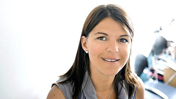 Dr Jasmine Kelland, Lecturer in Human Resource Studies and Leadership