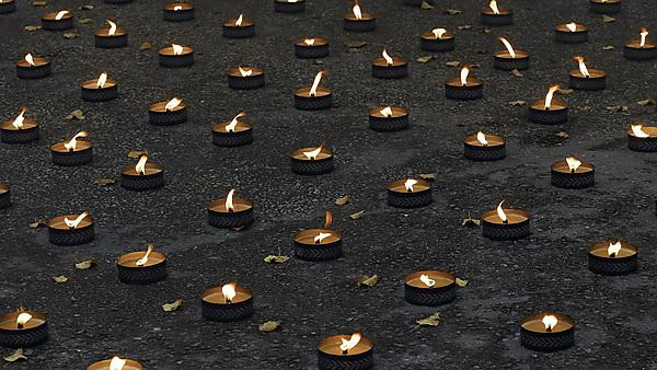 <p>Lights of remembrance</p>