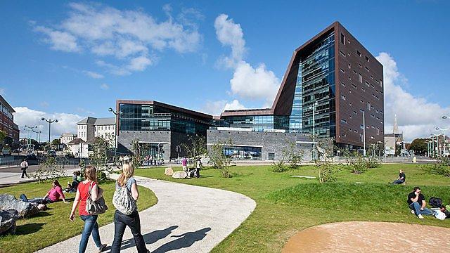 <p>Roland Levinsky Building for architecture</p>