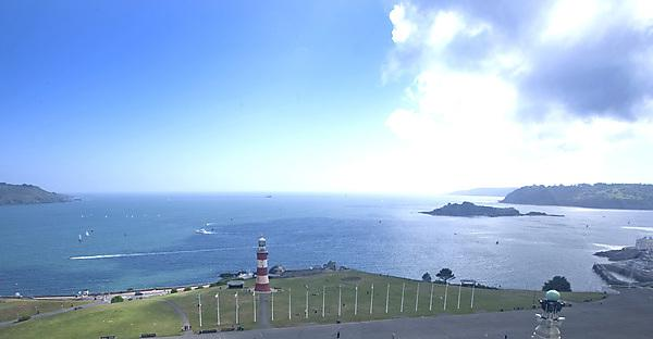 <p>Plymouth Hoe looking out to sea</p>