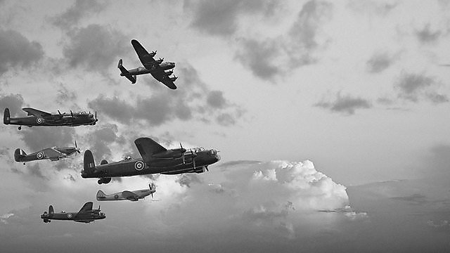 <p>Black and white retro image Battle of Britain WW2 airplanes<br>Black and white retro image of Lancaster bombers from Battle of Britain in World War Two<br></p>