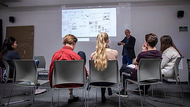 <p>Freya Kay architecture seminar</p>