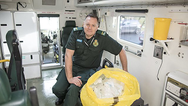 <p>Paramedic Practice Lecturer Pete Allum who is researching sustainability in the ambulance service<br></p>