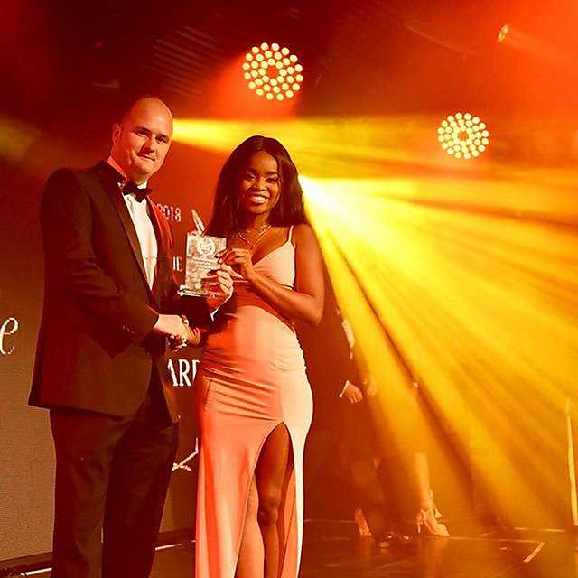 <p>Yewande Oduwole winning the Entrepreneurial Dental Student of the year at the Future of Dentistry Awards<br></p>