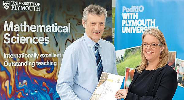 <p>Dr John Eales and Professor Debby Cotton</p>