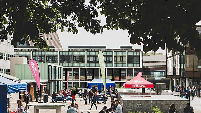 <p>Campus on open day</p>