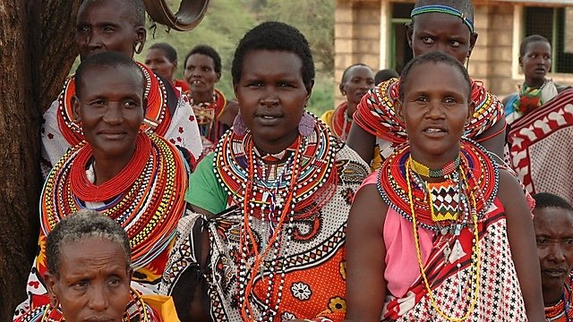 <p>Masai women</p>