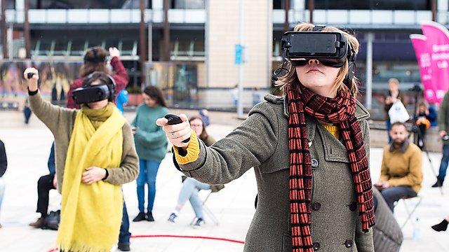 <p>Creative economy VR</p>