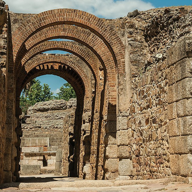 <p>Exit with arches at Roman Amphitheater in Merida, Mexico.<br></p>