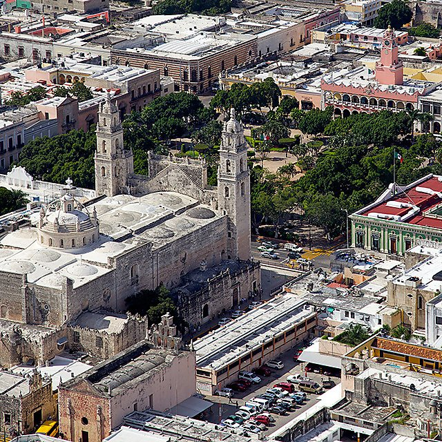 <p>Aerial view of downtown Merida. Yucatan's city square and cathedral.<br></p>