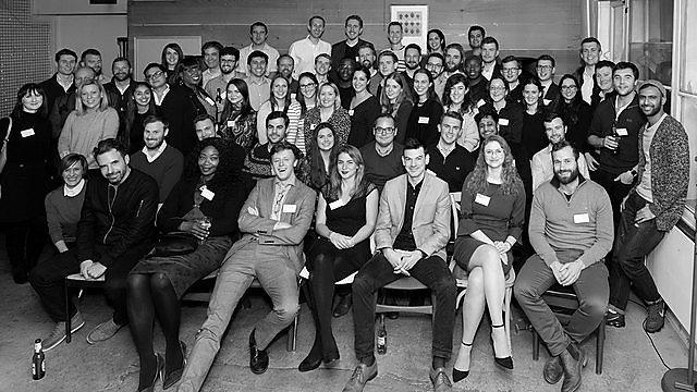 <p>  Alumni london  <br></p>