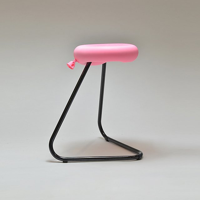 <p>Leuan Davies Balloon Stool<br></p>