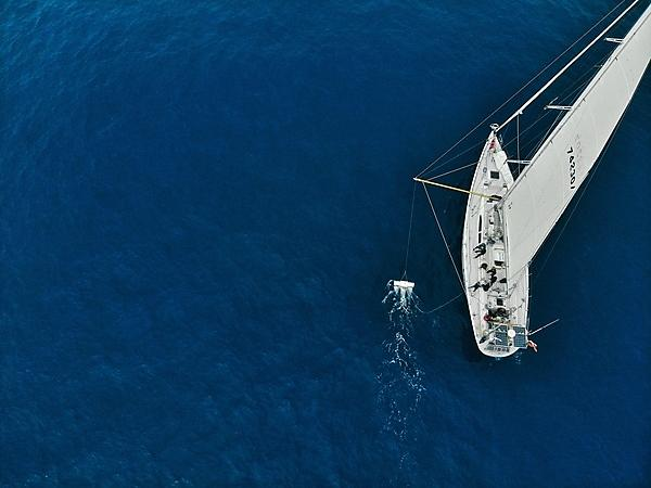 Scientists set sail on round-the-world plastics initiative