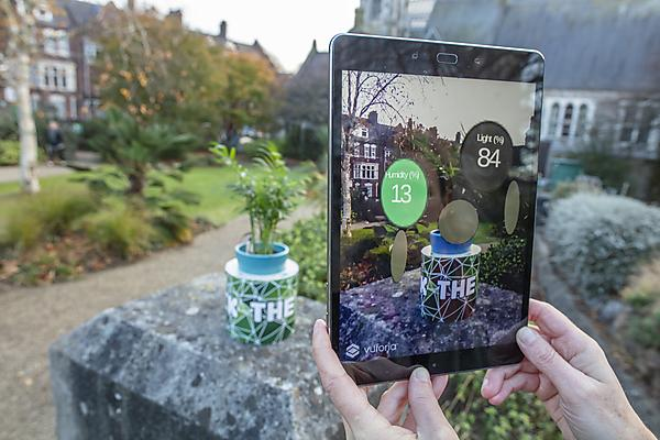 <p>Augmented reality in nature</p>