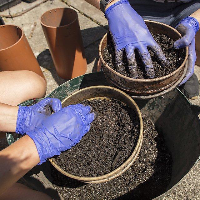 <p>FABSOIL - mixing soils</p>