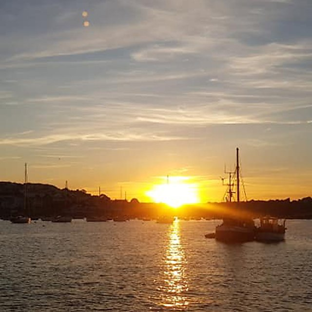 <p>Beautiful sunset in Falmouth harbour<br></p>