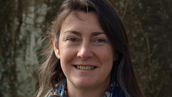 Dr Jane Carré
