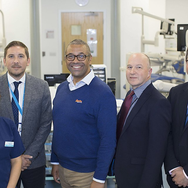 <p>James Cleverly and Uni / PDSE staff</p>