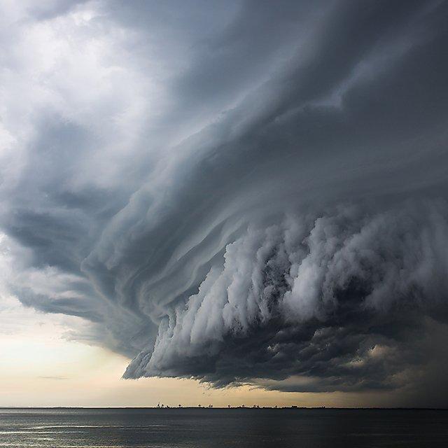 <p>Sea storm</p>