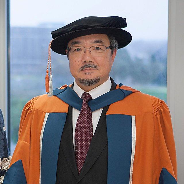 <p>Koji Sekimizu, Honorary Doctorate, 2015</p>