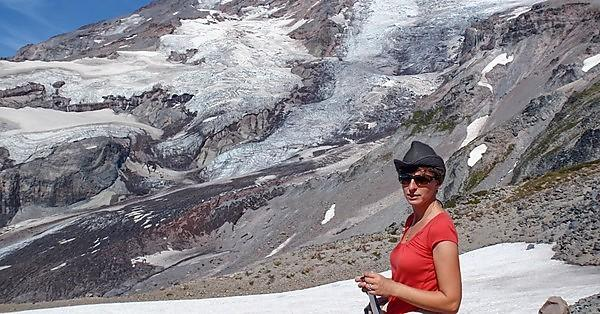 Dr Aude Gébelin on Mount Rainier in the United States