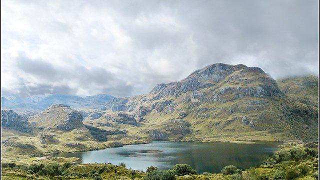 <p>Lake at 4000m</p>