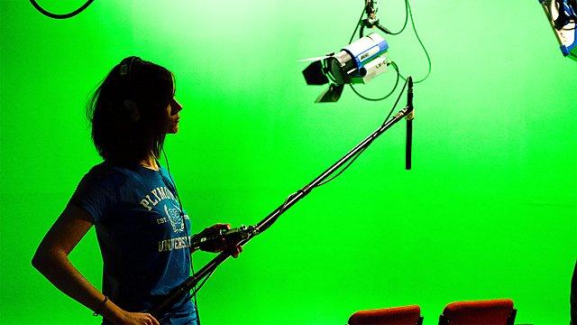 <p>Filmmaking camera studio facilities<br></p>
