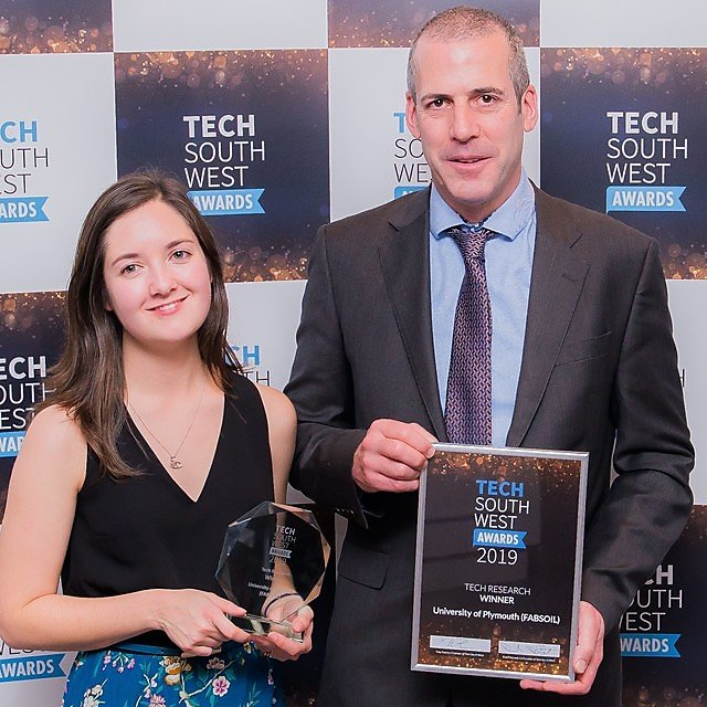 <p>FABSOIL wins at Tech South West Awards (Credit:&nbsp;Gareth Williams Photography)<br></p>