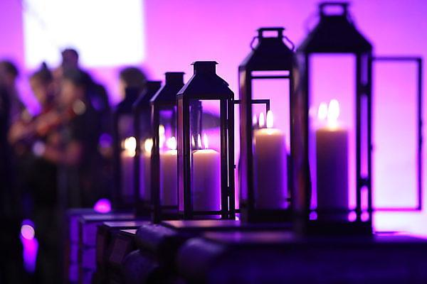 <p>Candles&nbsp;</p>