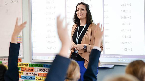 <p>Becky Harvey - Secondary Mathematics Teacher<br></p>