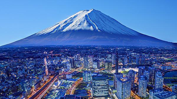 <p>Skyline of Mt. Fuji and Yokohama, Japan.</p><br>