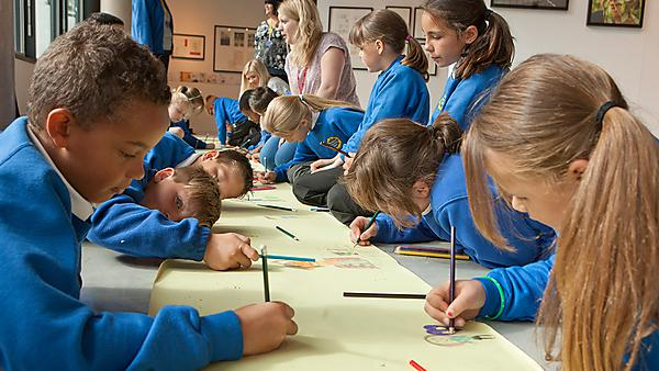 Making Great Illustration Education Day. School pupils visit the Gallery.