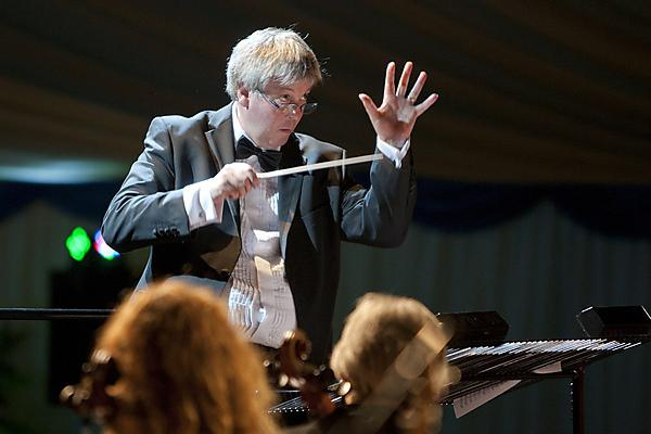 Peninsula Doctors' Orchestra concert in aid of Brain Tumour Research