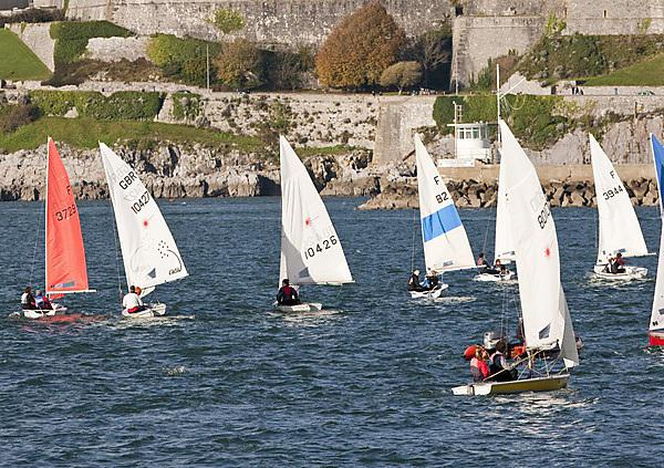 Sailors set course for top spot at student championships