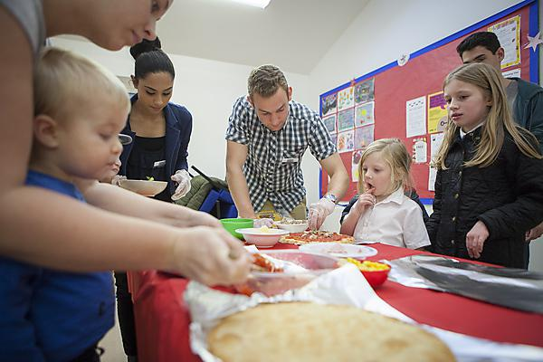 Dental students give toddlers tips on health pizza toppings