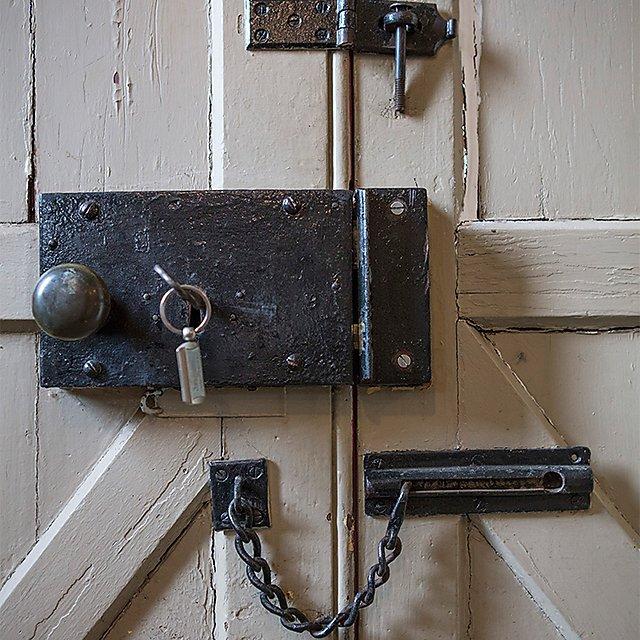 <p>Lock at Powderham Castle (square)</p>