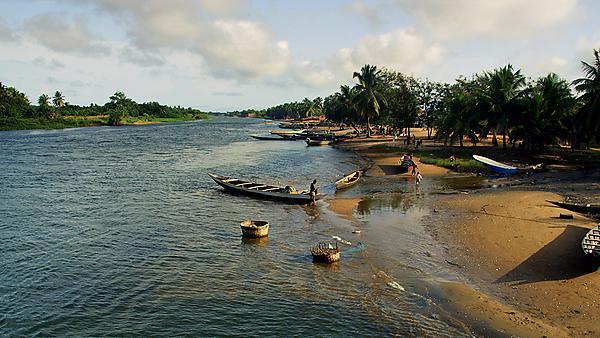 <p>Ghana fishing</p>