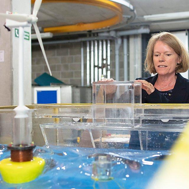 <p>Deborah Greaves in the University's COAST Lab</p>