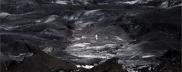 <p>Astronaut testing a MS1 suit on a glacier in Iceland<br></p>