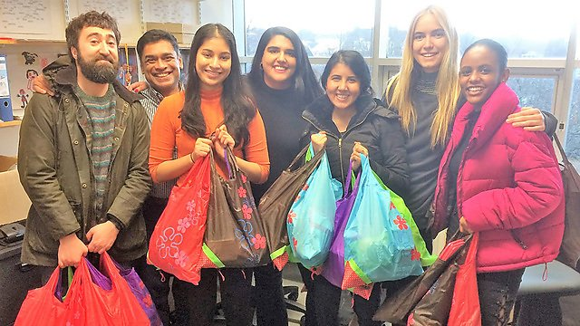 <p>A group of dental students who collected provisions for the homeless people of Plymouth, first asking the recipients what would make the biggest difference and then fulfilling their wishes<br></p>