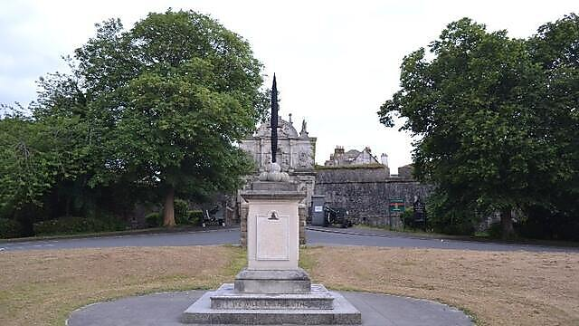 <p>Plymouth Monument</p>