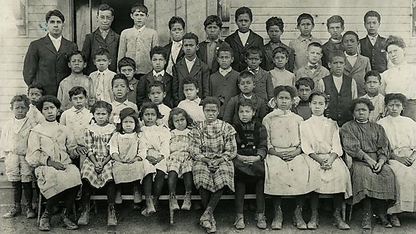Wampanoag school, 1905 (c/o Mashpee Tribal Government Archives)