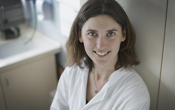 Dr Sarah Gall