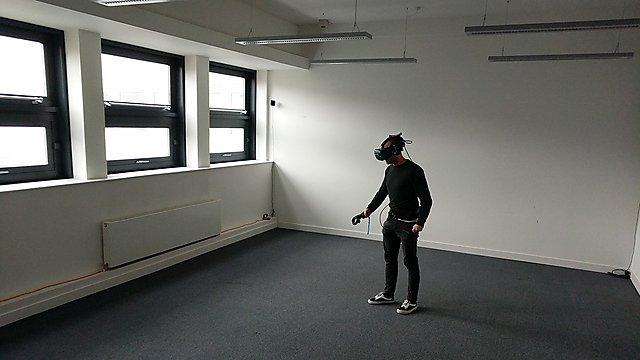 <p>Virtual reality research<br></p>