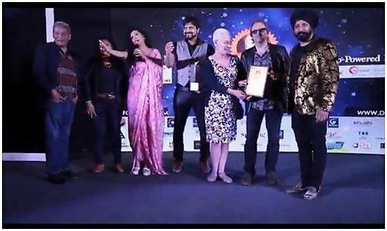 <p>  </p><p>Rob Giles and Professor Kim Stevenson at the Marriott Hotel Mumbai   presented with a Special Achievement Award for their documentary 'How do you fix a town like Plymouth' (Time-Lock 2018) at the Dada Saheb Phalke Awards 2019</p><p></p>